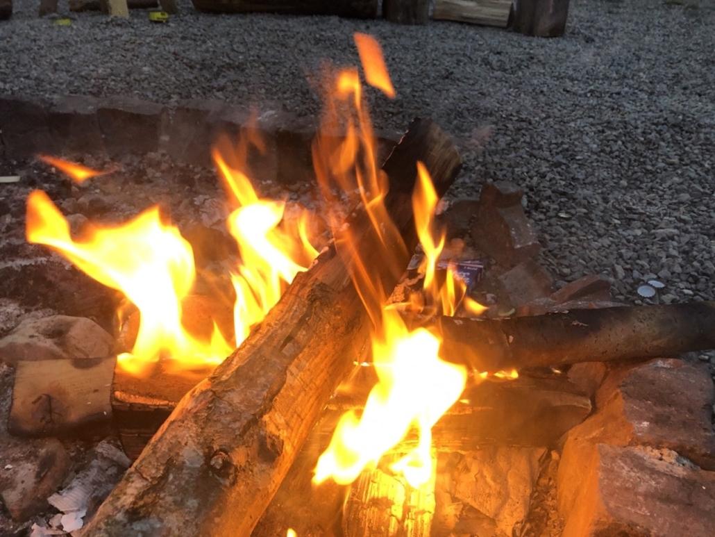 Unser abendliches Lagerfeuer